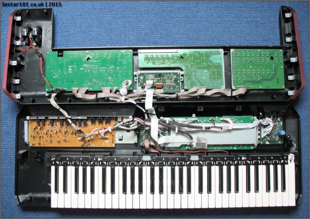 Yamaha MOXF-6 Teardown